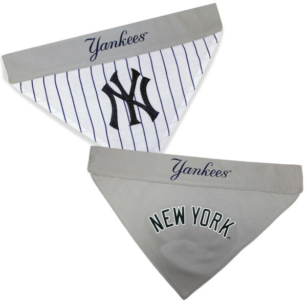 Pets First New York Yankees Reversible Bandana for Dog Large X Large $14.99