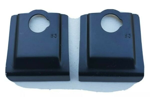 Yakima Q83 Clips 2 . Excellent used condition. FREE shipping $45.00