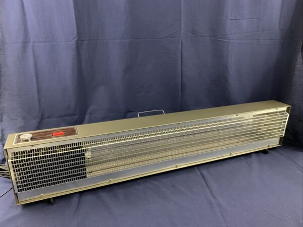 Portable Baseboard Heater New In Open Box Works Great $119.00