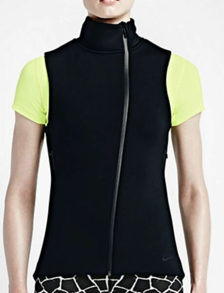 718910-010 New with tag Nike Women Therma Sphere Max Vest BLACK