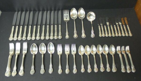 Towle OLD MASTER Sterling Silver Luncheon  Place 86-Piece Flatware Set