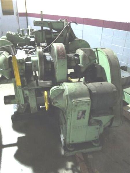 Nilson Model S326 Multislide Wire Former