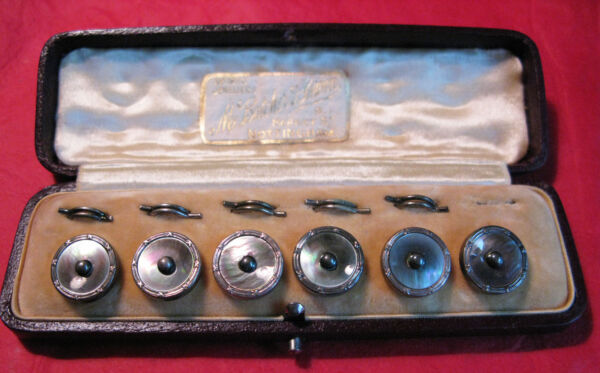 FINE ANTIQUE BOXED SET OF SILVER RIMMED MOTHER OF PEARL BUTTONS  CUFFLINKS