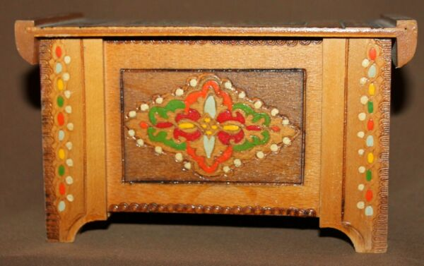 Vintage hand made ornate pyrography wood box case