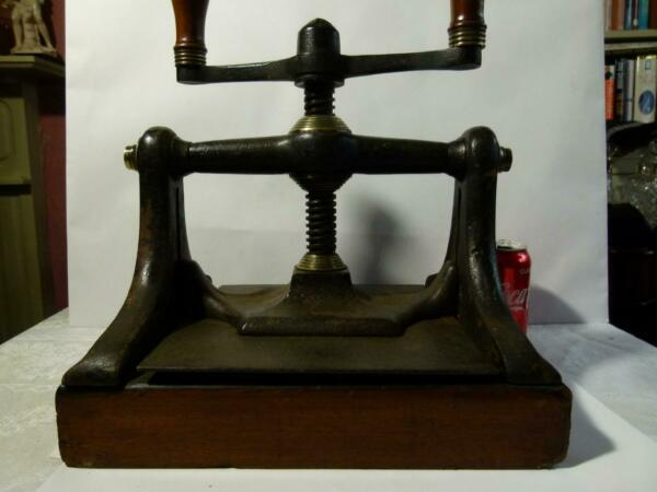 Antique 19thC T. TODD HULL Named Cast Brass & Wood Screw BOOK PRESS Heavy