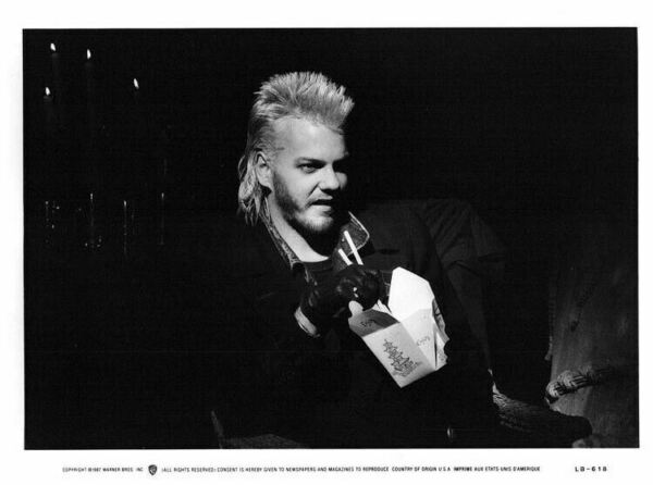 Kiefer Sutherland The Lost Boys Iconic look as Vampire Original 1987 8x10 Photo