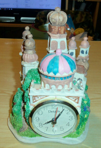 Mosque  Arabian Palace Mantel Shelf Figurine Clock by DETAILS  Battery Operated