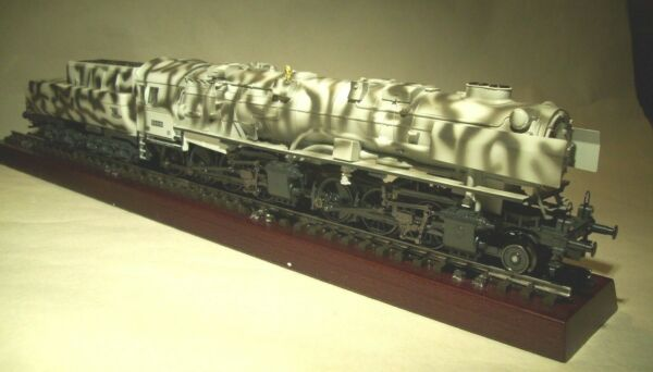HO TRIX BR 53 WW II German War Locomotive 2-Rail DCDCC wSound