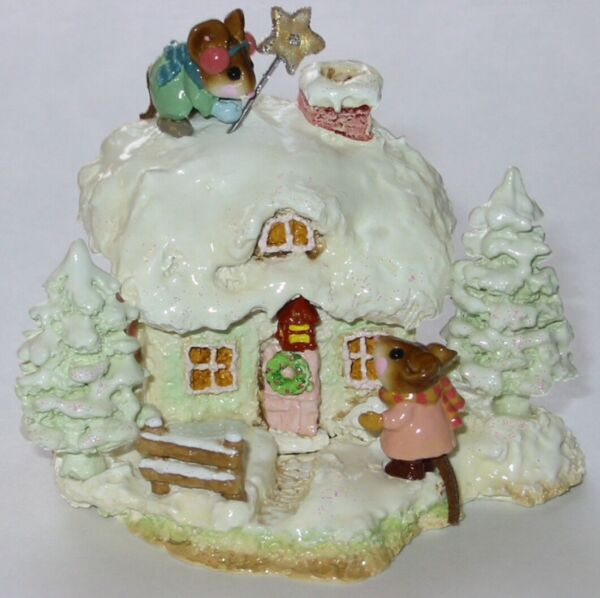 Wee Forest Folk Special Limited Edition Christmas Cottage
