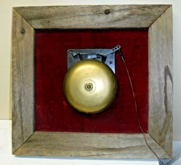 Antique Brass Ringside Boxing Fight Mechanical Bell Mounted on Wood Doorbell 8quot;