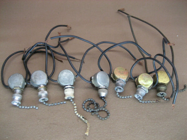 7 Vintage Leviton Light Lamp Pull Chain Switches 1A 250V 3A 125V old parts 210B