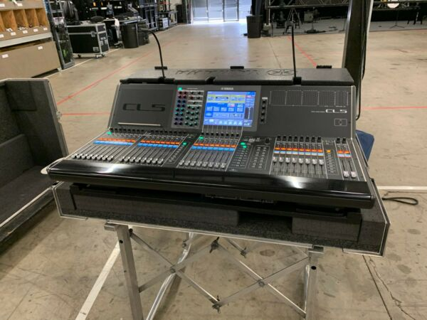 Yamaha CL5 Digital Audio Console with R&R Roadcase and 2 x Rio 3224 D2