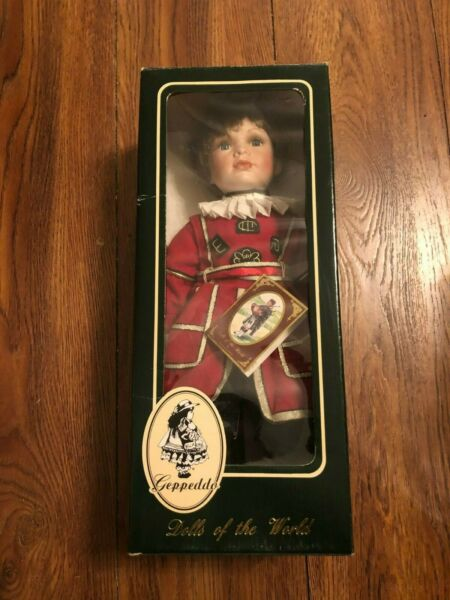 Geppeddo Vintage Porcelain Doll DOLLS OF THE WORLD Rare # 16B057W WILLIAM