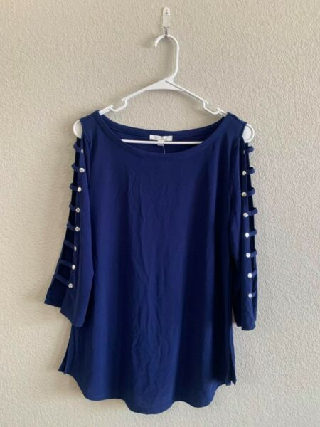 Women#x27;s Long Sleeve Blouse with Cut Out Details On The Sleeve Size M