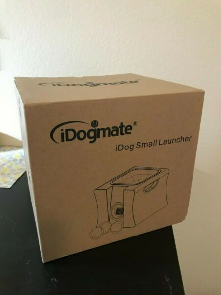 IDOGMATE Small Dog Ball Launcher  Automatic  ( 3 balls include )~ BRAND NEW $95.25