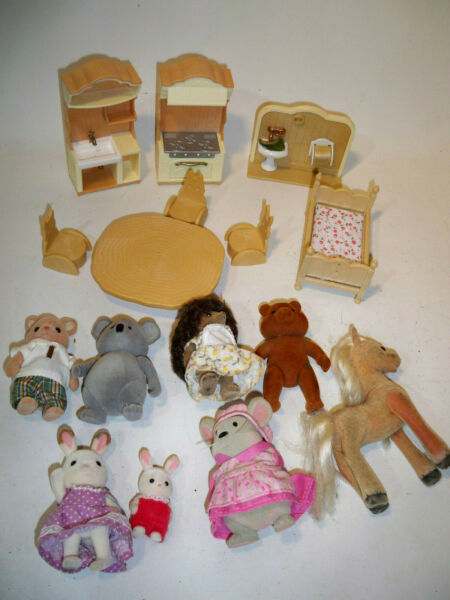 calico critters sylvanian families woodzeez Furniture figure toy lot $15.00