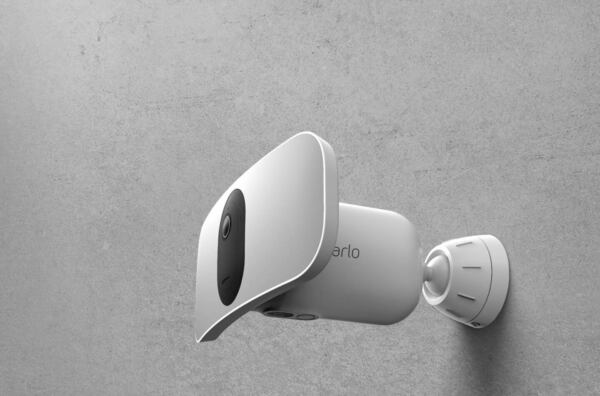 Arlo Pro 3 2K Video with HDR Floodlight ***BRAND NEW*** $179.99