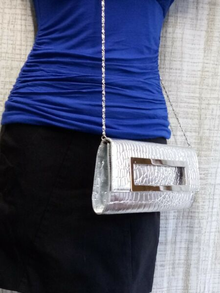 BELLA COLLECTION  Womens Juniors Large Envelope Silver Clutch Purse Bag
