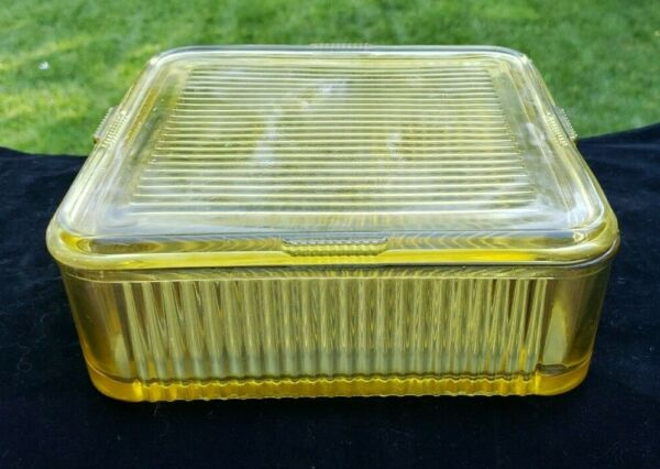 Federal Amber Yellow Refrigerator Foodsaver 8quot; Square Ribbed Dish With Lid