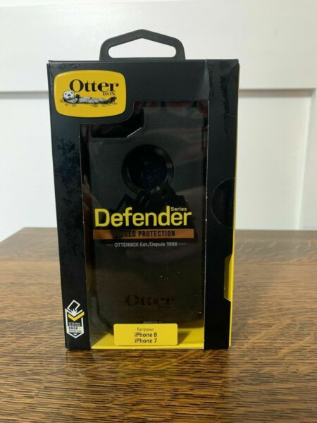 NEW OtterBox Defender Rugged Case for iPhone 7 iPhone 8 iPhone SE 2 Gen Black