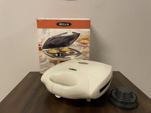 Bella 4 Slot Pie Maker Personal Mini Baking