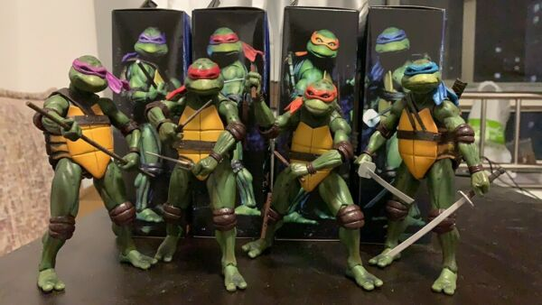NECA Teenage Mutant Ninja Turtles 1990 Movie PVC Action Figure New In Box 7quot;