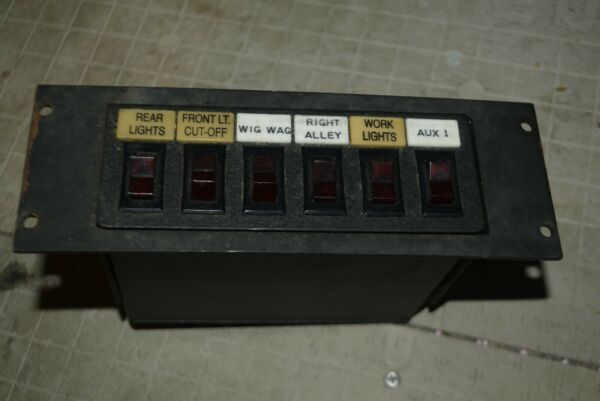 Federal Signal SW300 Light Control Switch Box 6 SWITCH