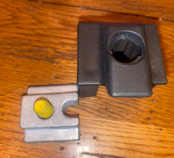 Replacement Clamp Lock Housing for Thule Xsporter Pro Ladder Rack $6.00