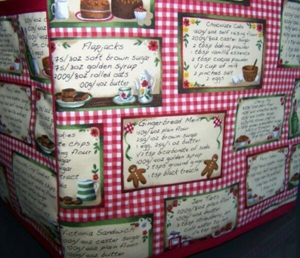 Recipe Cards Cooking Kitchen Quilted Fabric 2 Slice or 4 Slice Toaster Cover NEW