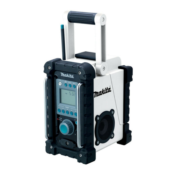 Makita 18V LXT 3.0 Ah Cordless Lithium-Ion Jobsite Radio XRM02W-R (Bare) Refurb