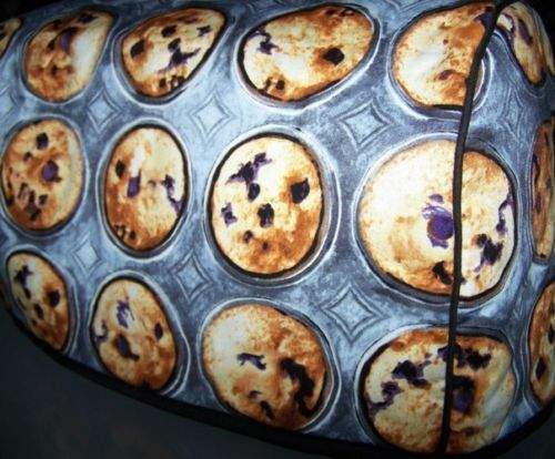 Blueberry Muffin Tins Quilted Fabric 2 Slice or 4 Slice Toaster Cover NEW
