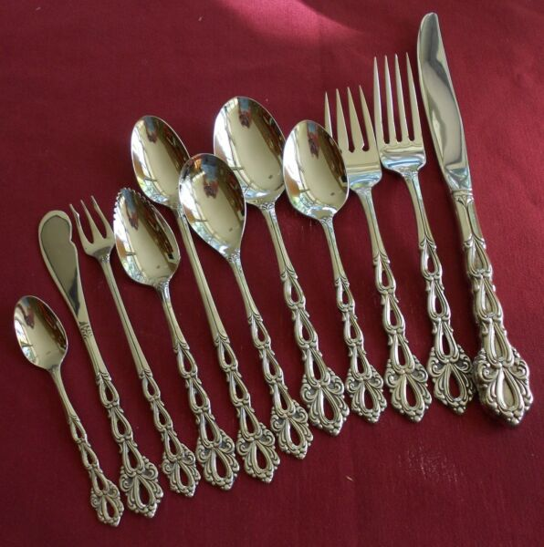 Oneida CHANDELIER You Choose The Piece Stainless Flatware Community USA