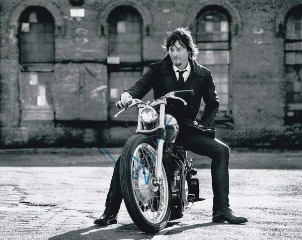 NORMAN REEDUS signed autographed MOTORCYCLE photo