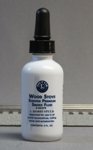 LIONEL PREMIUM WOOD STOVE SCENTED SMOKE FLUID 2 OZ steam loco engine 6-83279 NEW