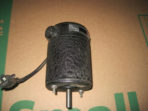 A.O. Smith Motor YZ1S217 3100 RPM 24Vdc 5 A Lot Q482 $85.00