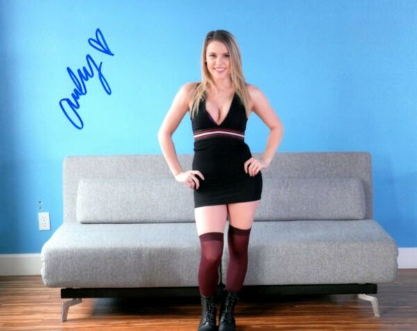 Aubrey Sinclair Sexy In Black Dress Signed 8x10 Photo Adult Model COA Proof 109