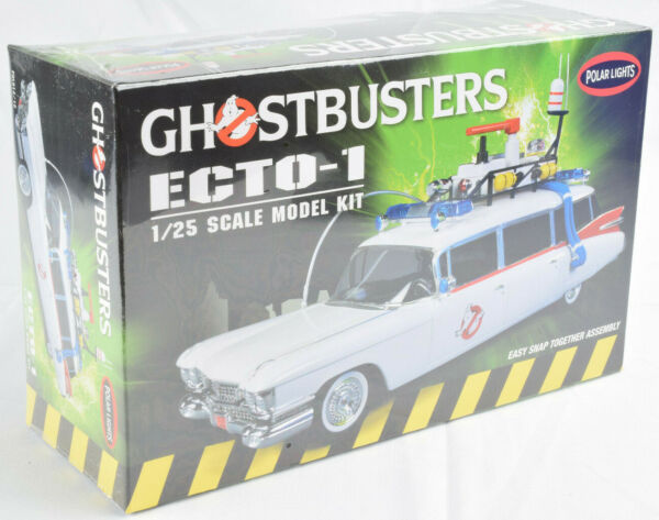 Polar Lights Ghostbusters ECTO-1 1:25 Scale Snap Together Model Car Kit 914