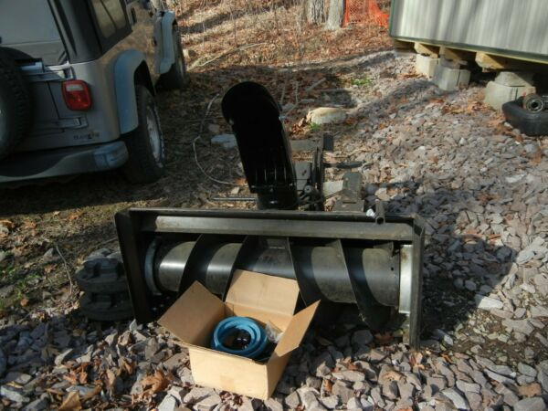 Snow Blower Attachment for Craftsman Lawn Mower Never Used Model # GSB42A