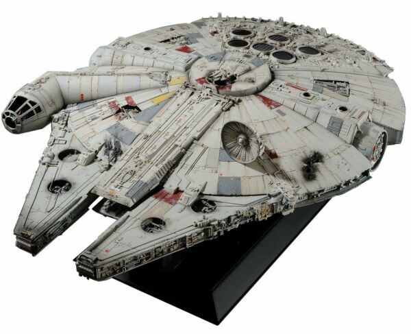 BANDAI PG Star Wars Millennium Falcon Standard Ver. 172 Perfect Grade Model Kit