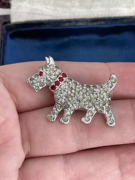 Vintage brooch Dog Silver Pave Rhinestones Vintage 1940 50s For Your Collection $35.00