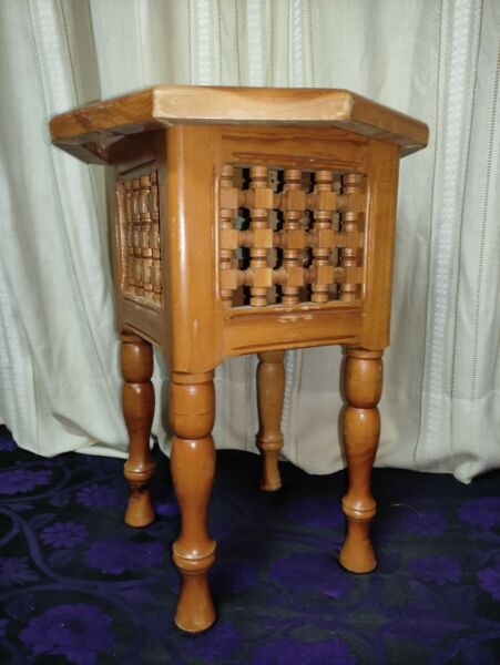 quot;Usedquot; Wood side table 9.42W x 4.42L x21.65H in $89.00