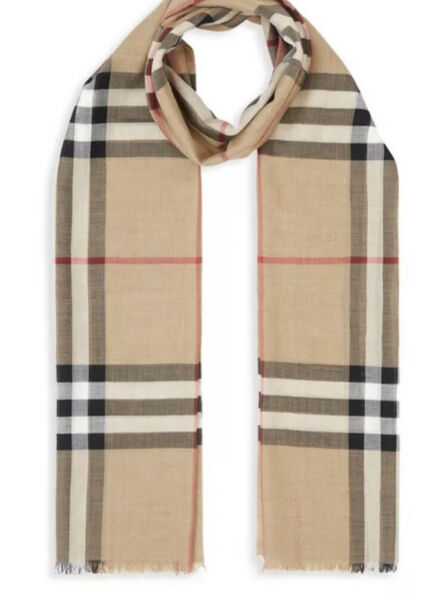 FREE SHIPPING✨ BURBERRY SCARF LARGE 100% BEIGE COLOR $74.00