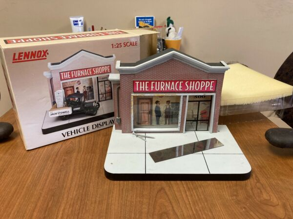 Lennox Furnace Shop Storefront Vehicle Display 1:25 Scale Hand painted Limited $49.99