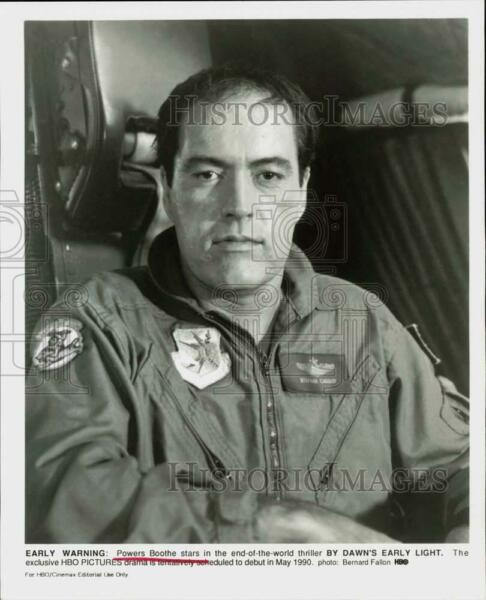 1990 Press Photo Actor Powers Boothe in quot;By Dawn#x27;s Early Lightquot; Movie