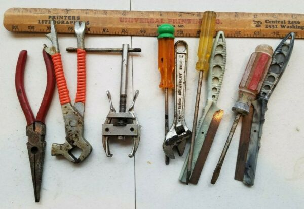 10 Miscellaneous Vintage Small Tools Lot ewwe2