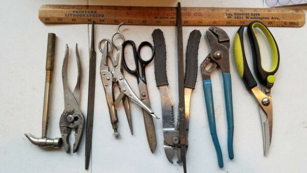 10 Miscellaneous Vintage Small Tools Lot gr67