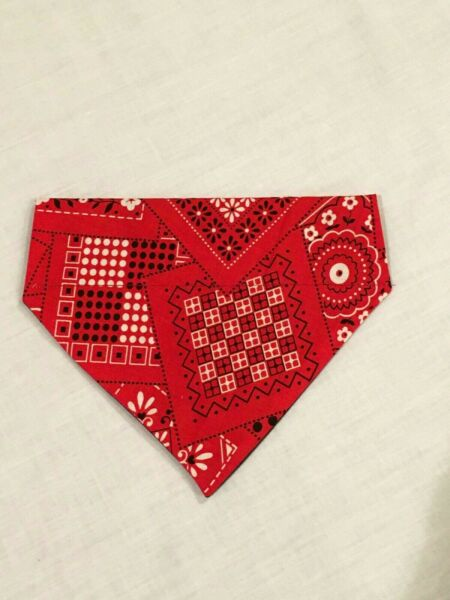 Over Collar Slide On Pet Dog Cat Bandana Scarf RED BANDANA MEDIUM $2.95