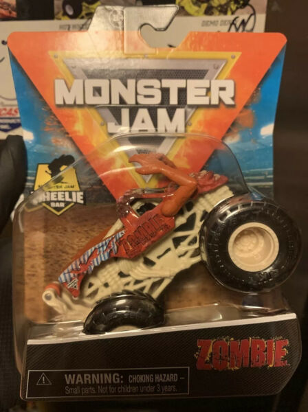 SPIN MASTER MONSTER JAM SERIES 17 RED CASTING ZOMBIE VHTF NEW IN HAND 2021 $30.00