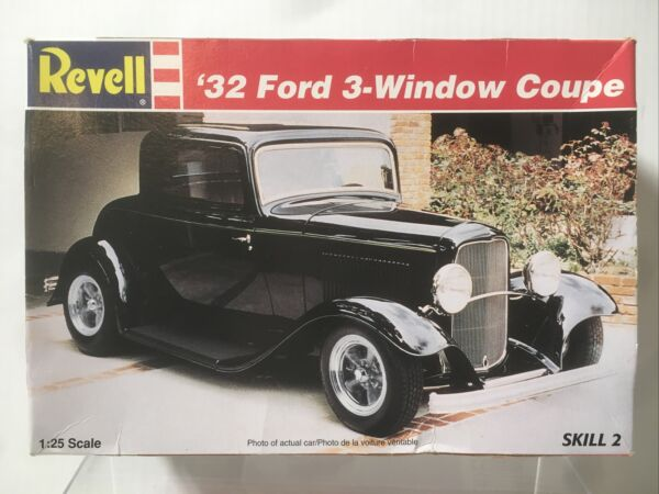 VTG Revell #x27;32 Ford 3 Window Coupe Sealed 1996