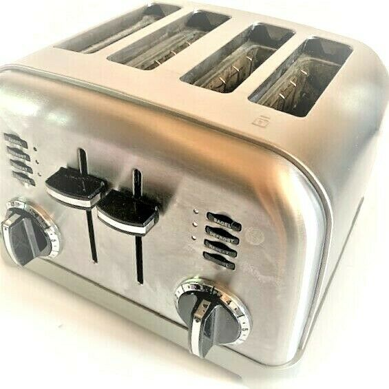 CUISINART 4 SLICE TOASTER CLASSIC STAINLESS STEEL W BAGEL SETTING